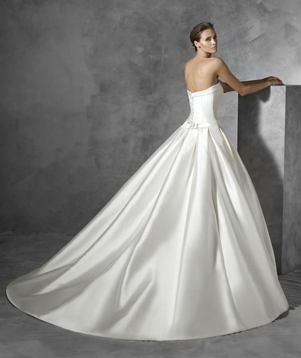vestuvines sukneles pronovias prianna 3