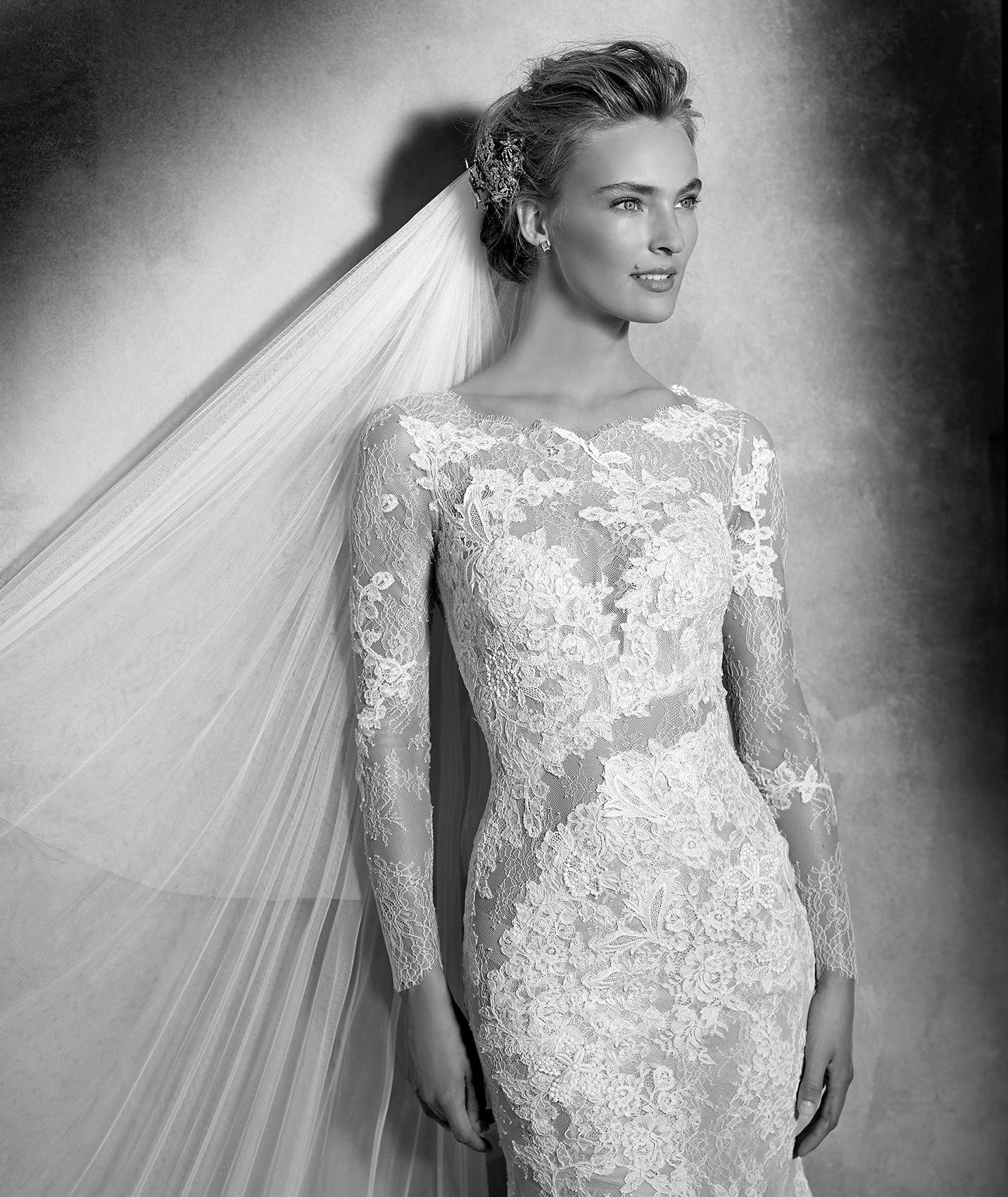 vestuvines-sukneles-pronovias-varel-3