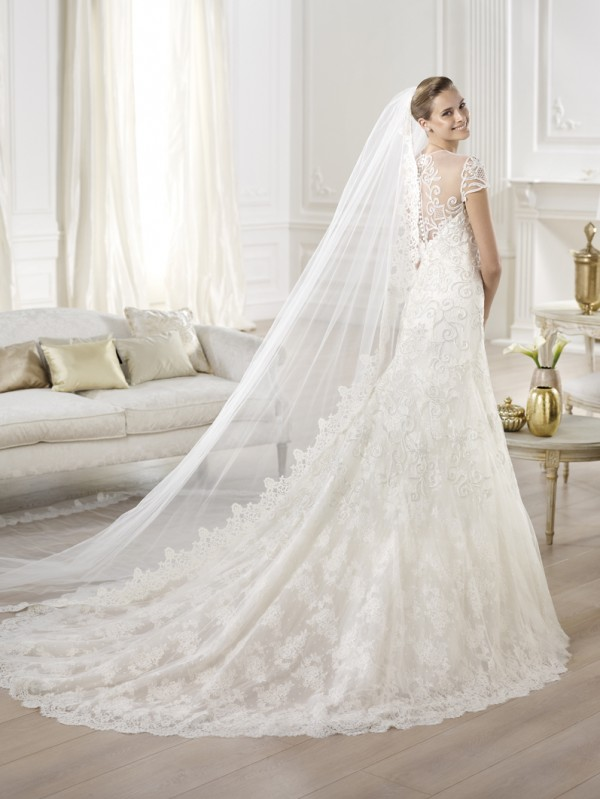 vestuvines-sukneles-pronovias-yasmin-4