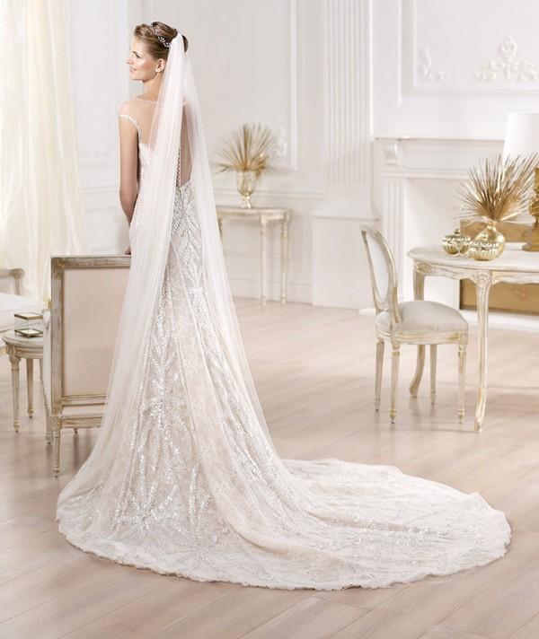 vestuvines-sukneles-pronovias-yirsa-1