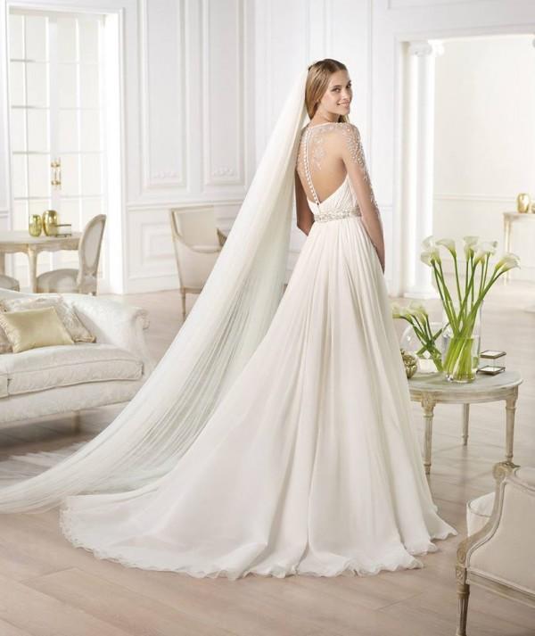 vestuvines-sukneles-pronovias-yojeida-4