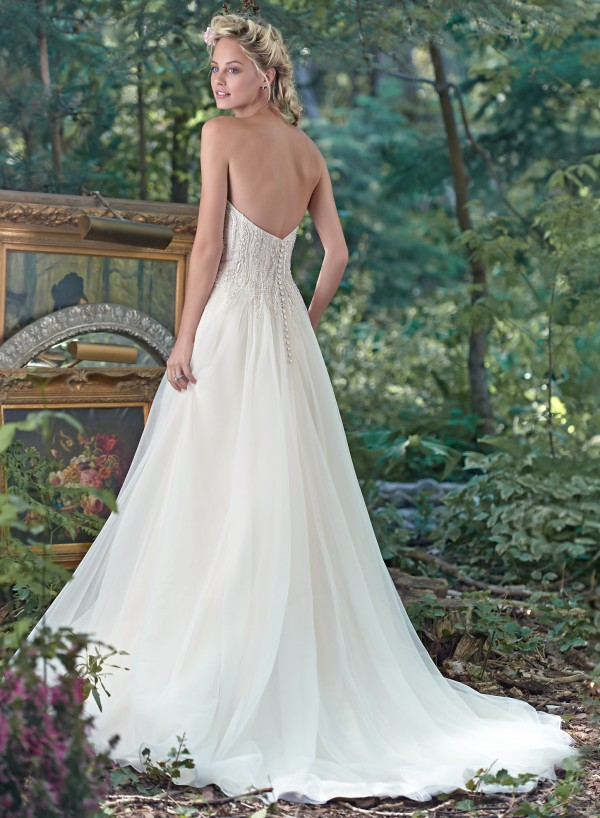 vestuvines sukneles sabina 2