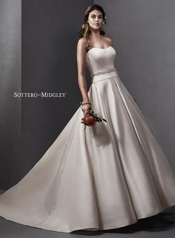 vestuvines-sukneles-taiya
