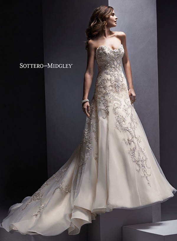 vestuvines-sukneles-zariah