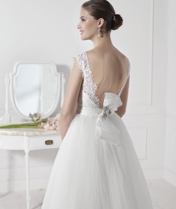 viena vestuvine suknele 2