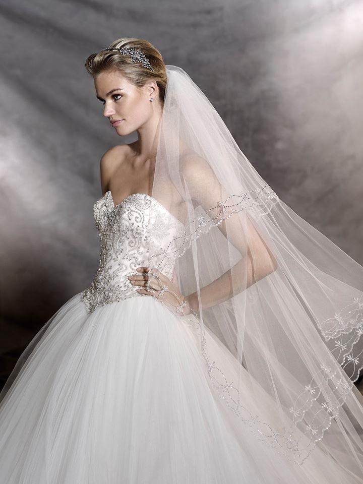 vestuvines sukneles pronovias odelia c