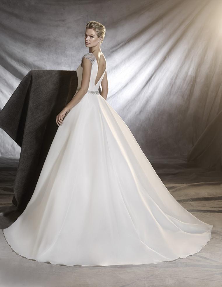 vestuvines sukneles pronovias ovidia b