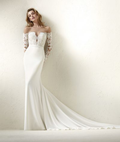 Dracma wedding dress