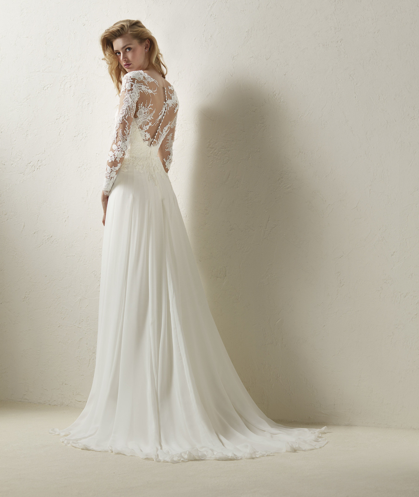 vestuvines sukneles pronovias dresal c