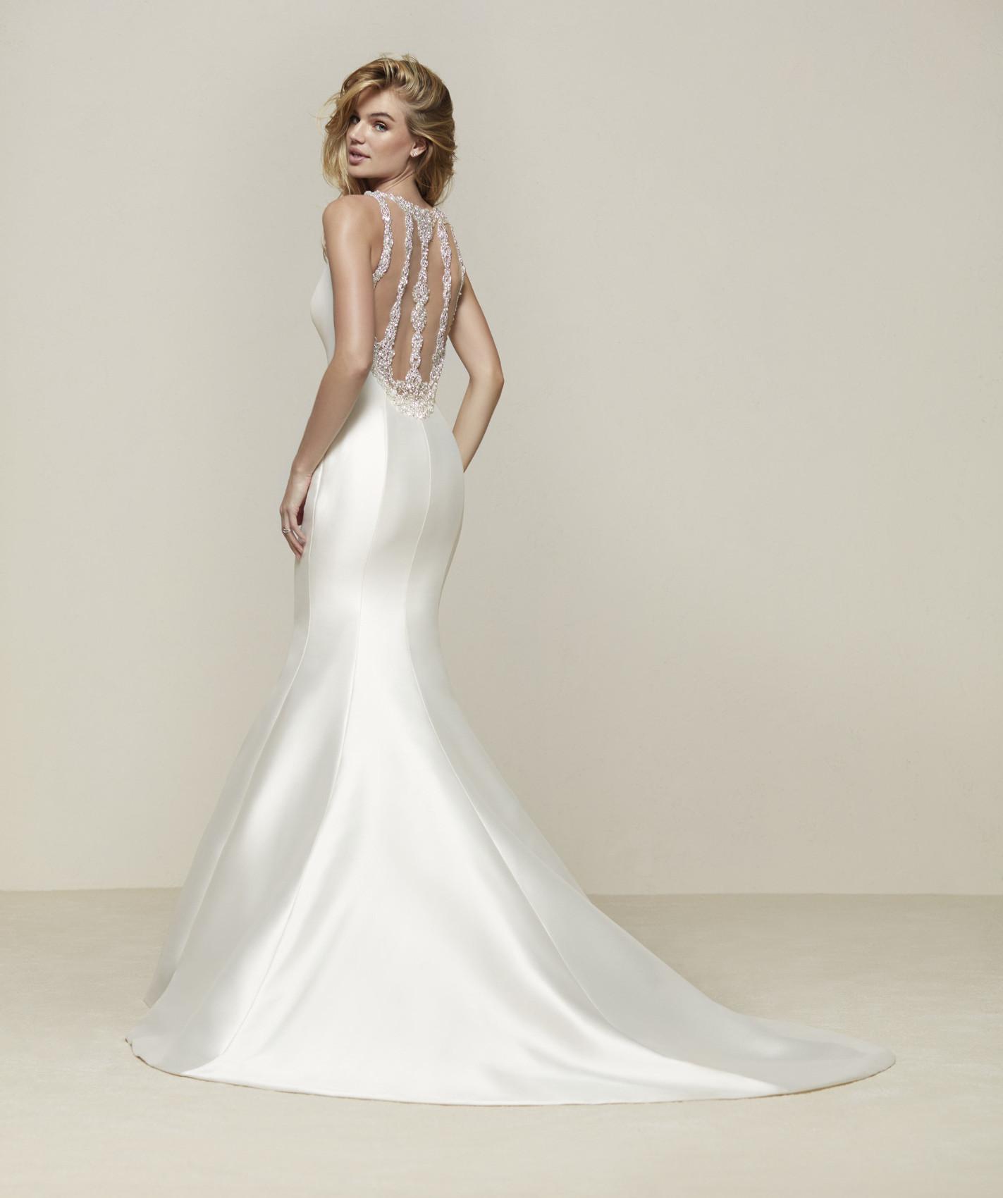 vestuvines-sukneles-pronovias-drupa-b