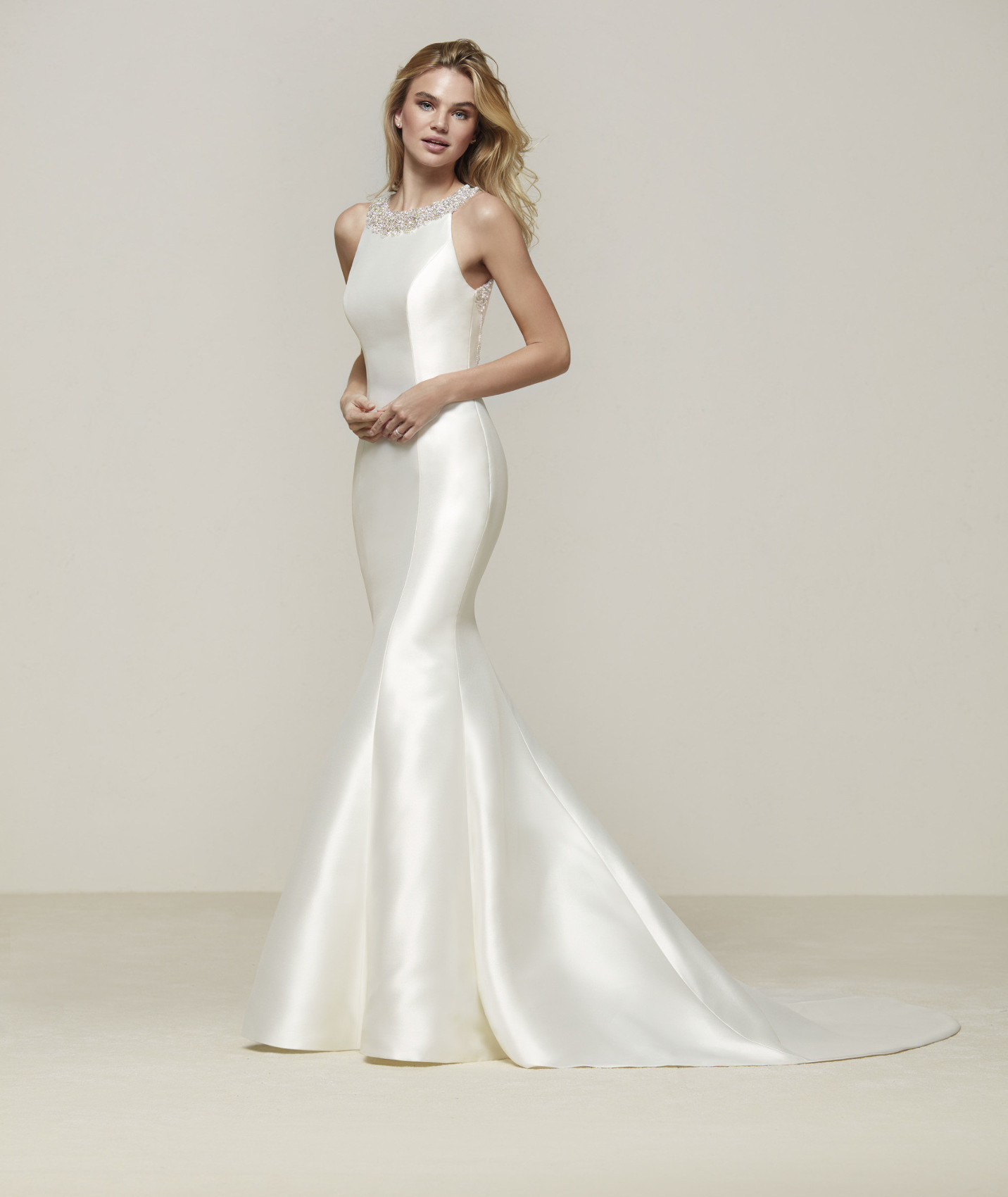 Drupa wedding dress
