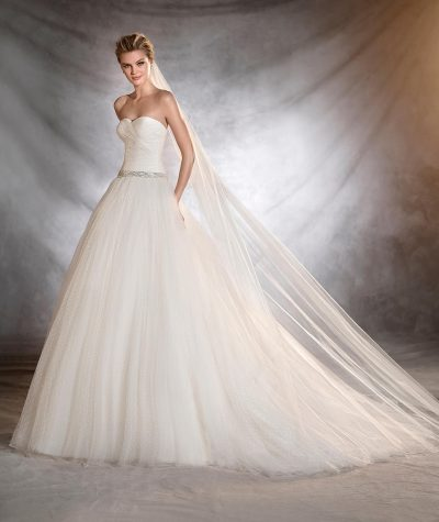Ovalia wedding dress