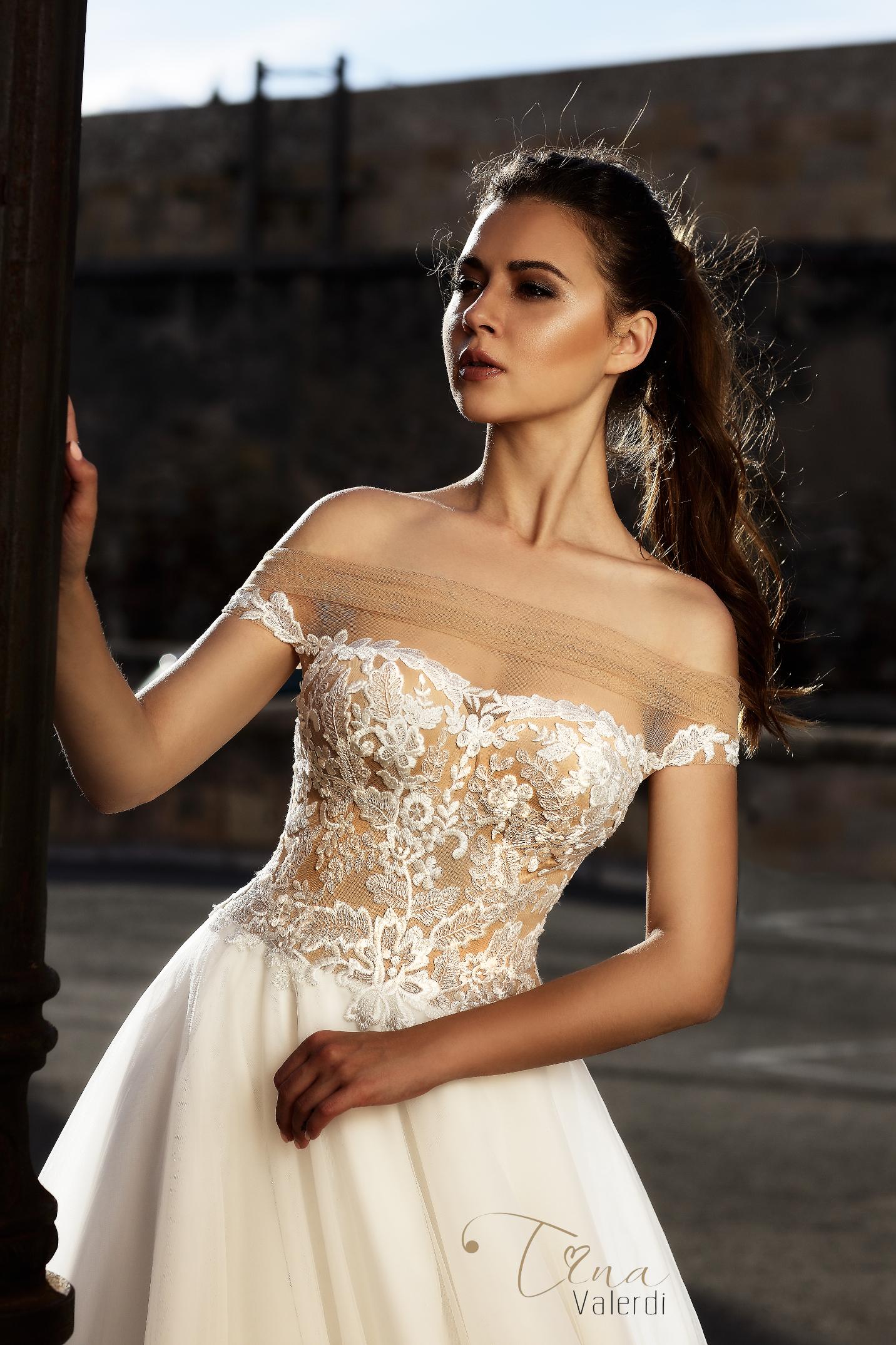 vestuvines-sukneles-tina-valerdi-Abigail1