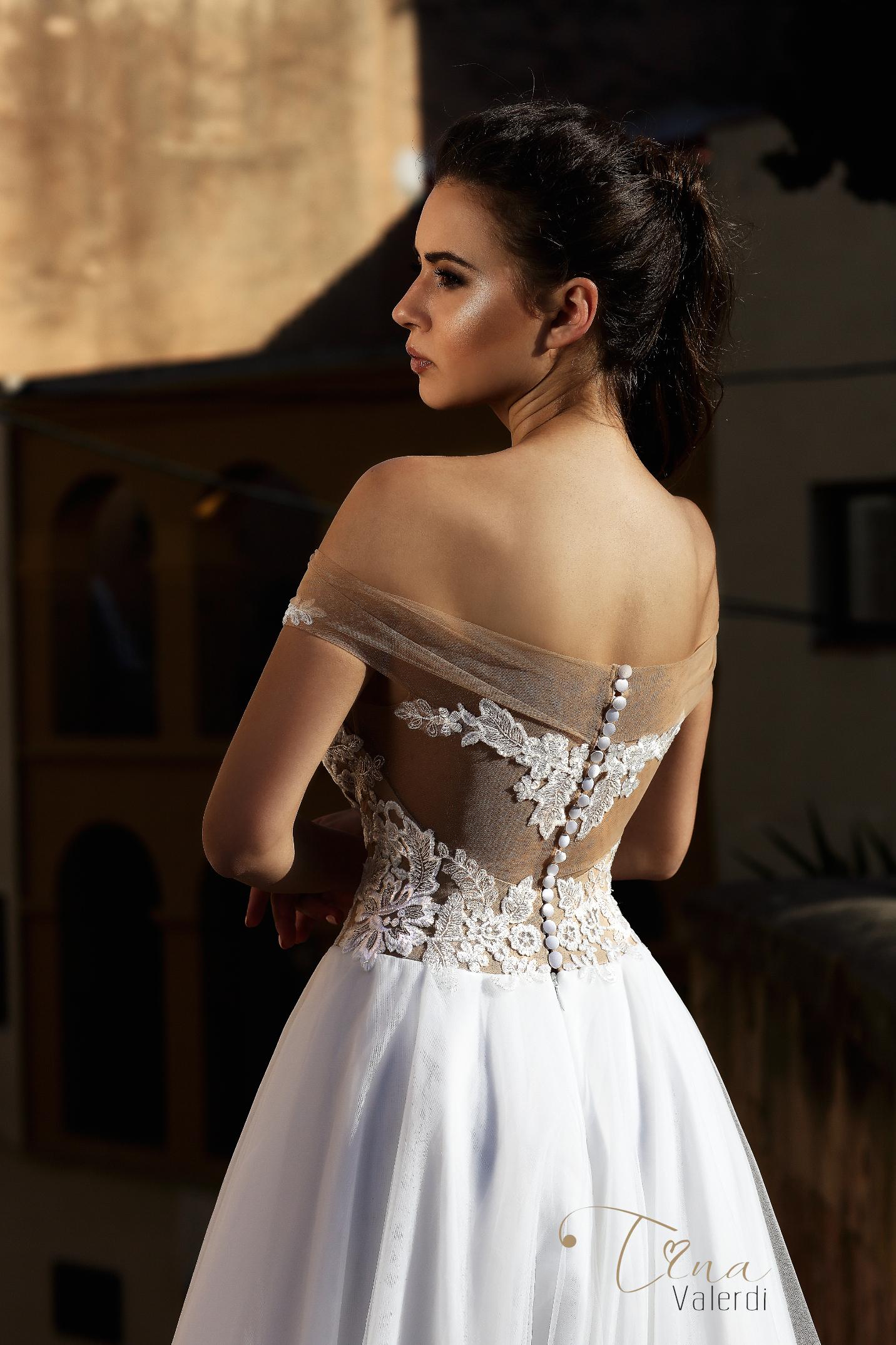vestuvines-sukneles-tina-valerdi-Abigail2