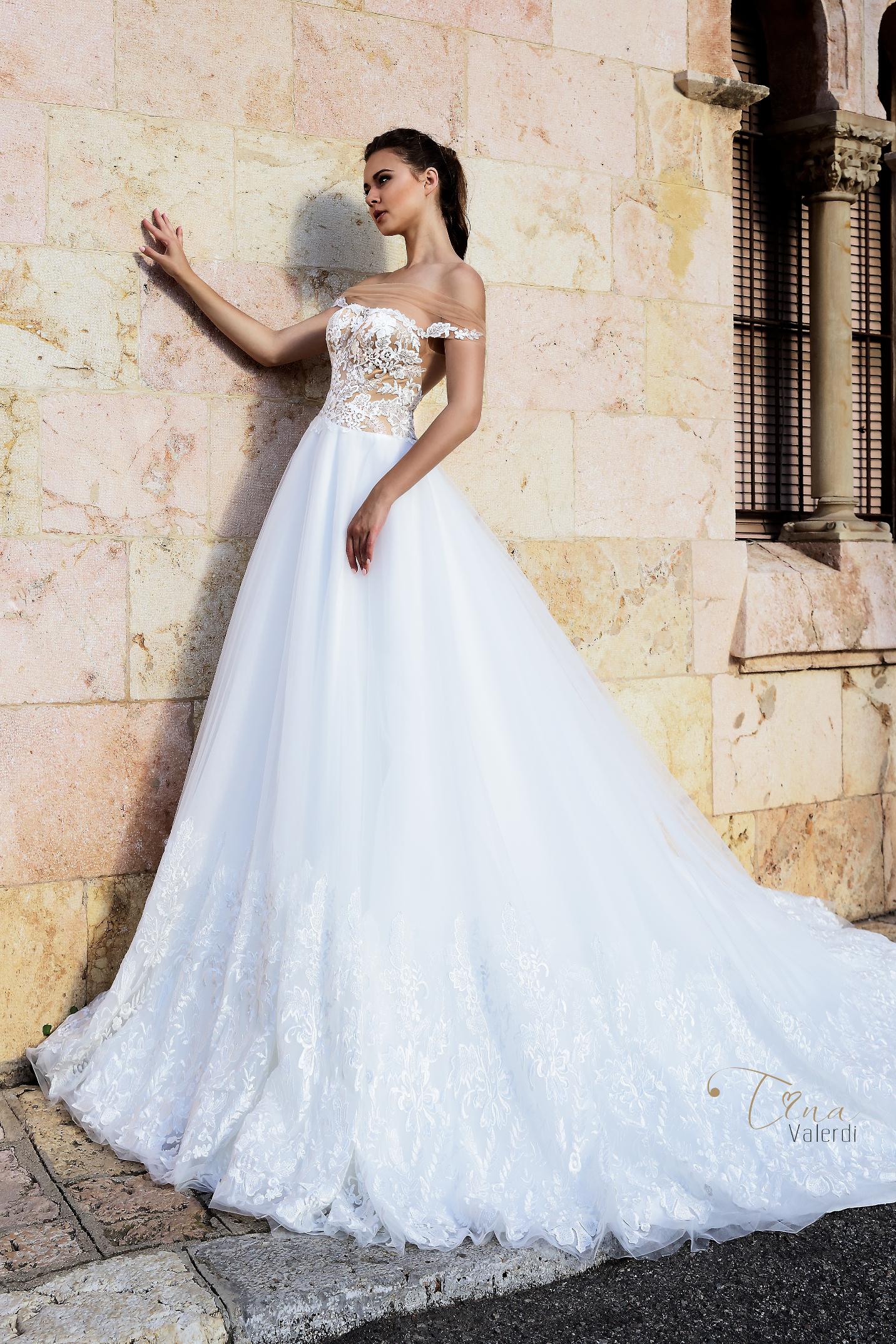 vestuvines-sukneles-tina-valerdi-Abigail5