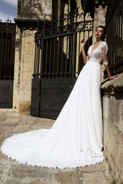 Carina wedding dress