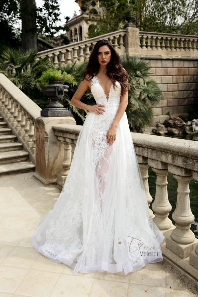 Marian wedding dress