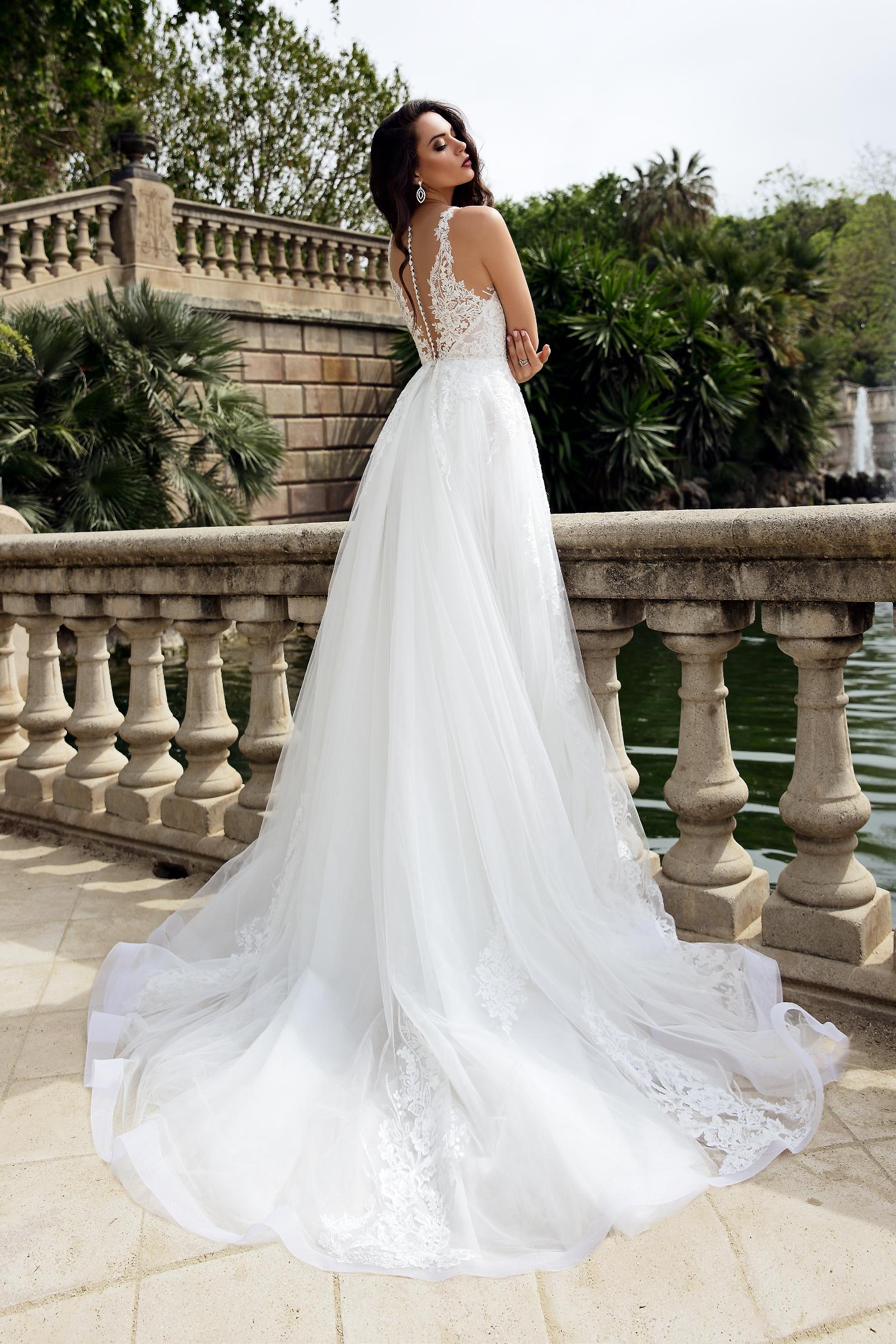 vestuvines sukneles tina valerdi Mariana2