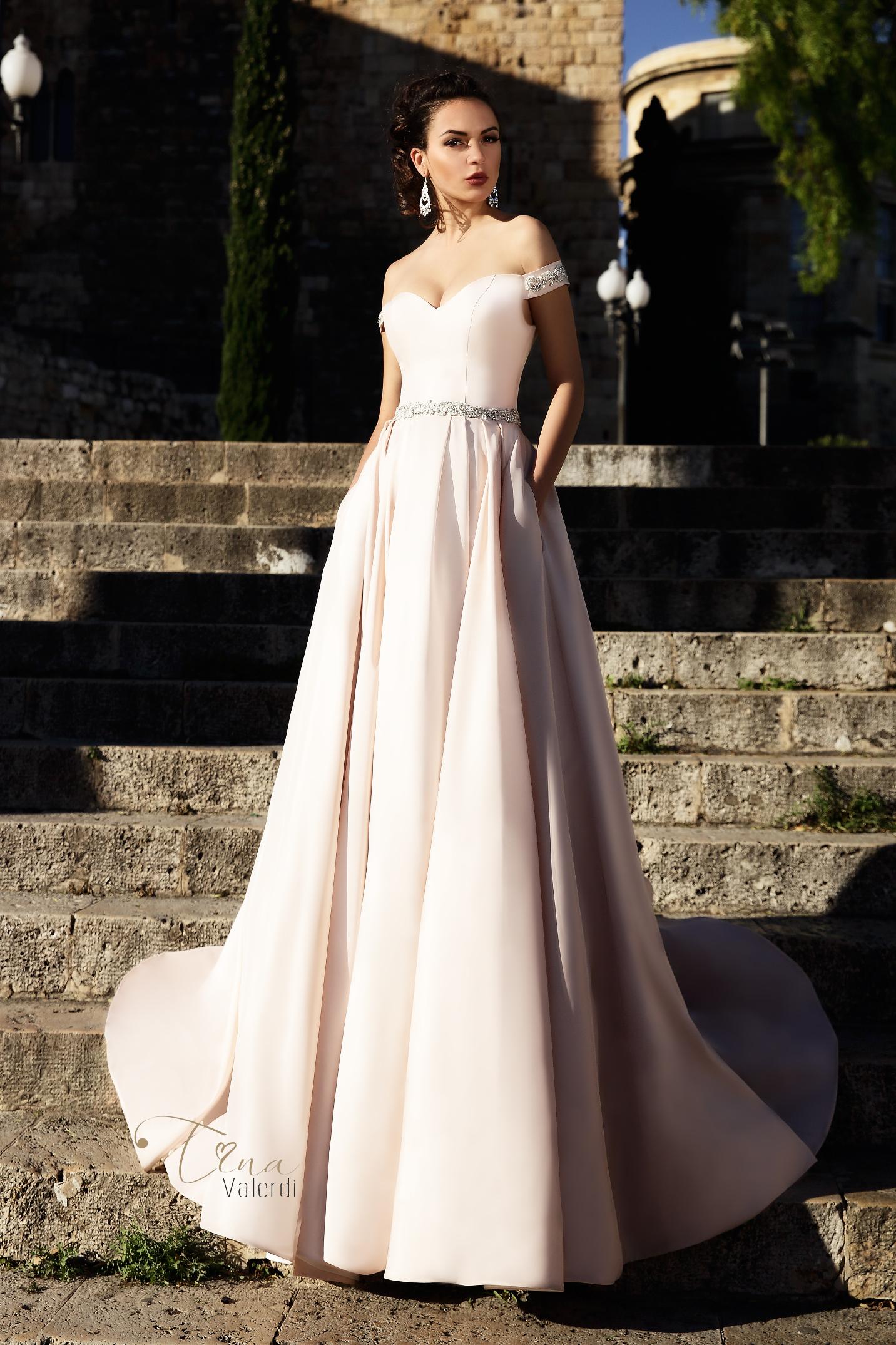 vestuvines sukneles tina valerdi Marisa1