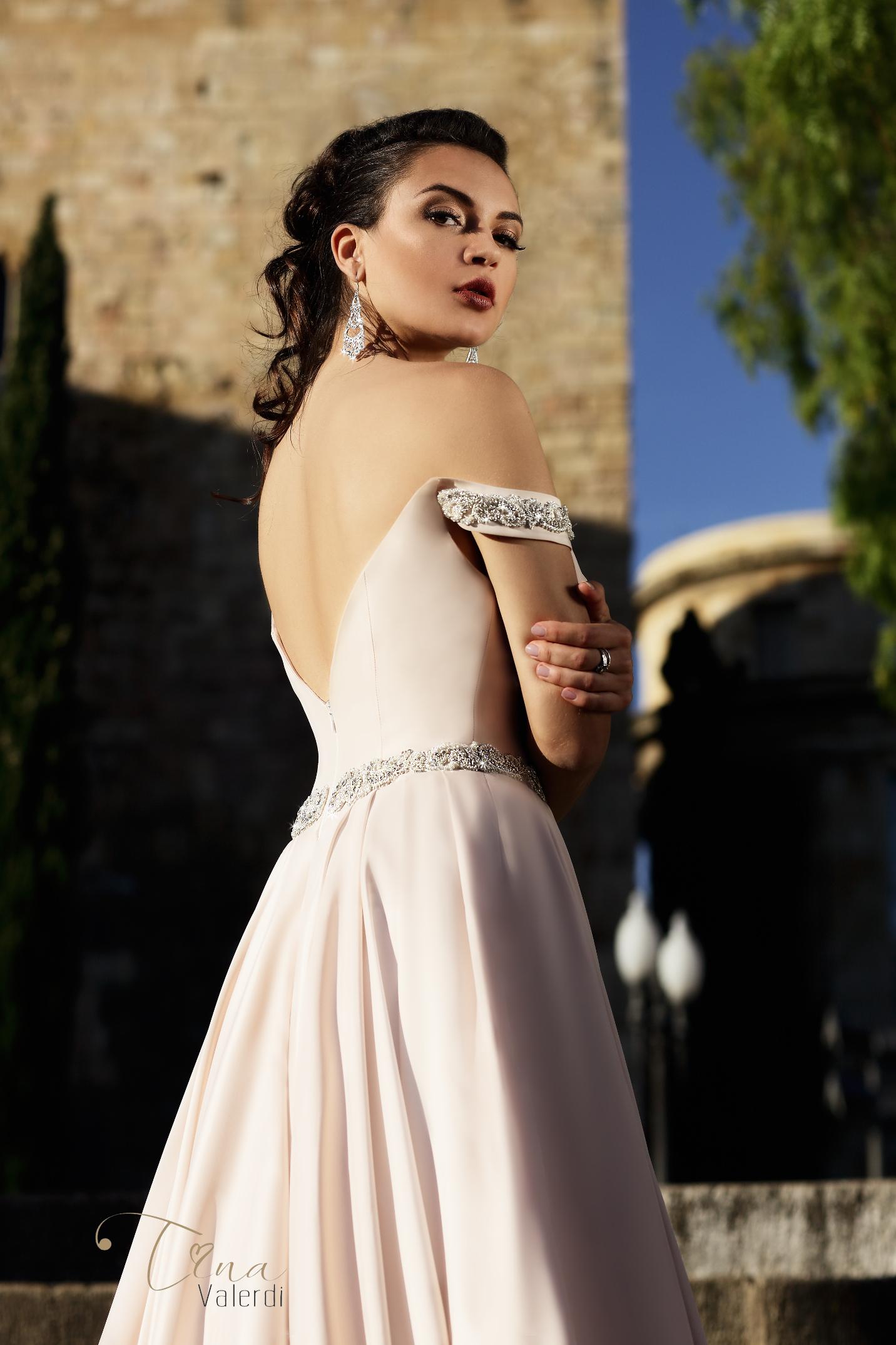 vestuvines sukneles tina valerdi Marisa3
