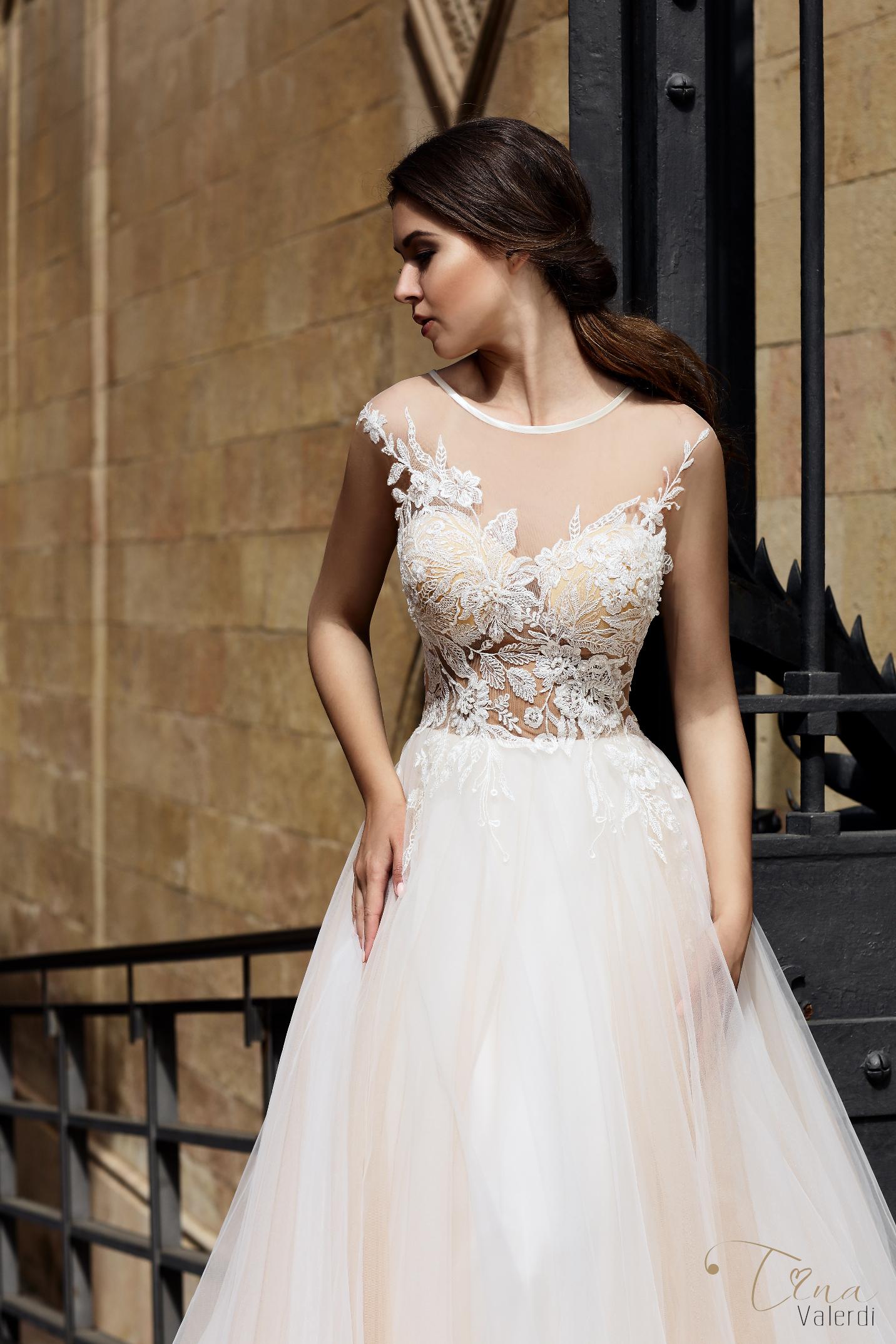 vestuvines sukneles tina valerdi Paloma2