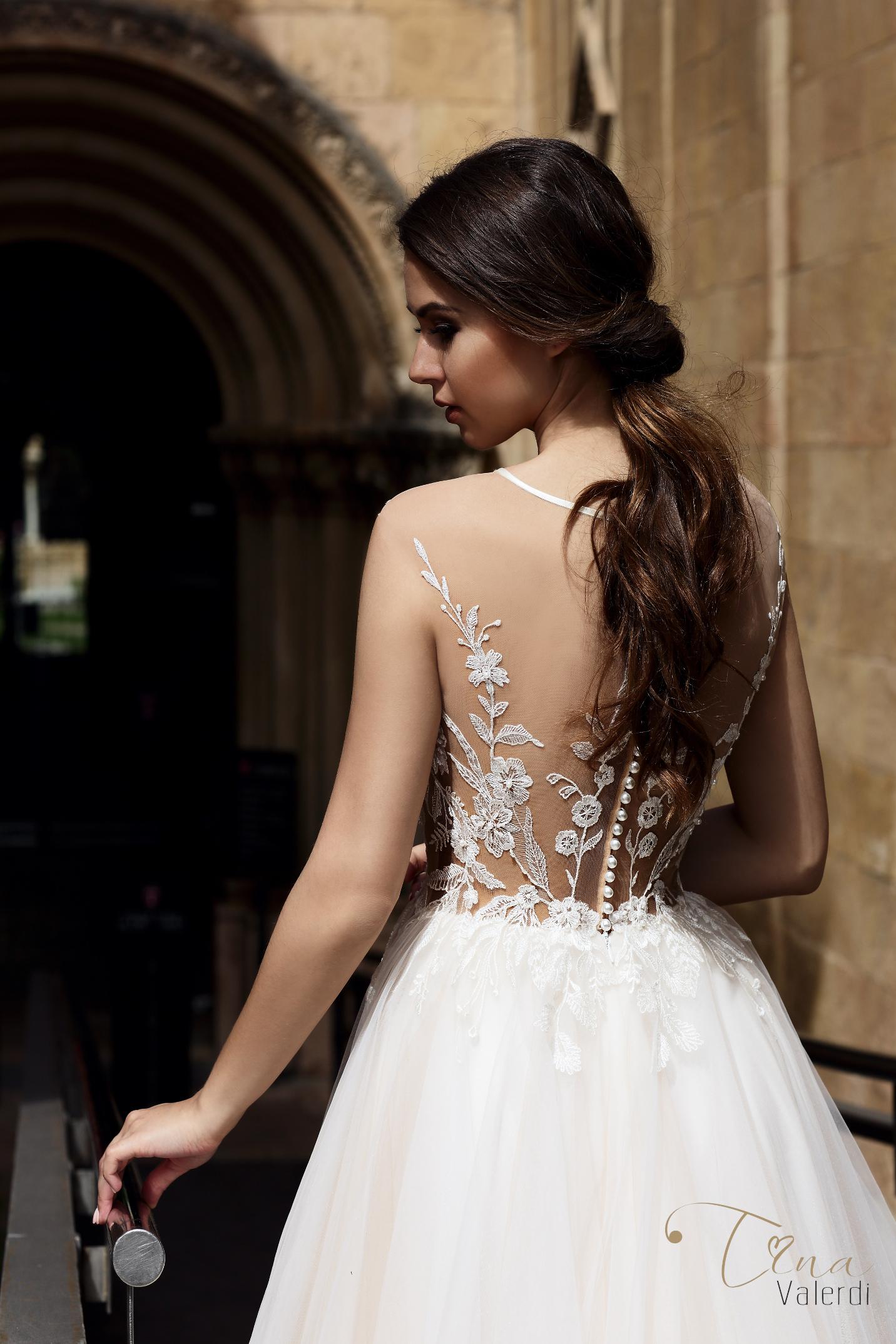 vestuvines sukneles tina valerdi Paloma3