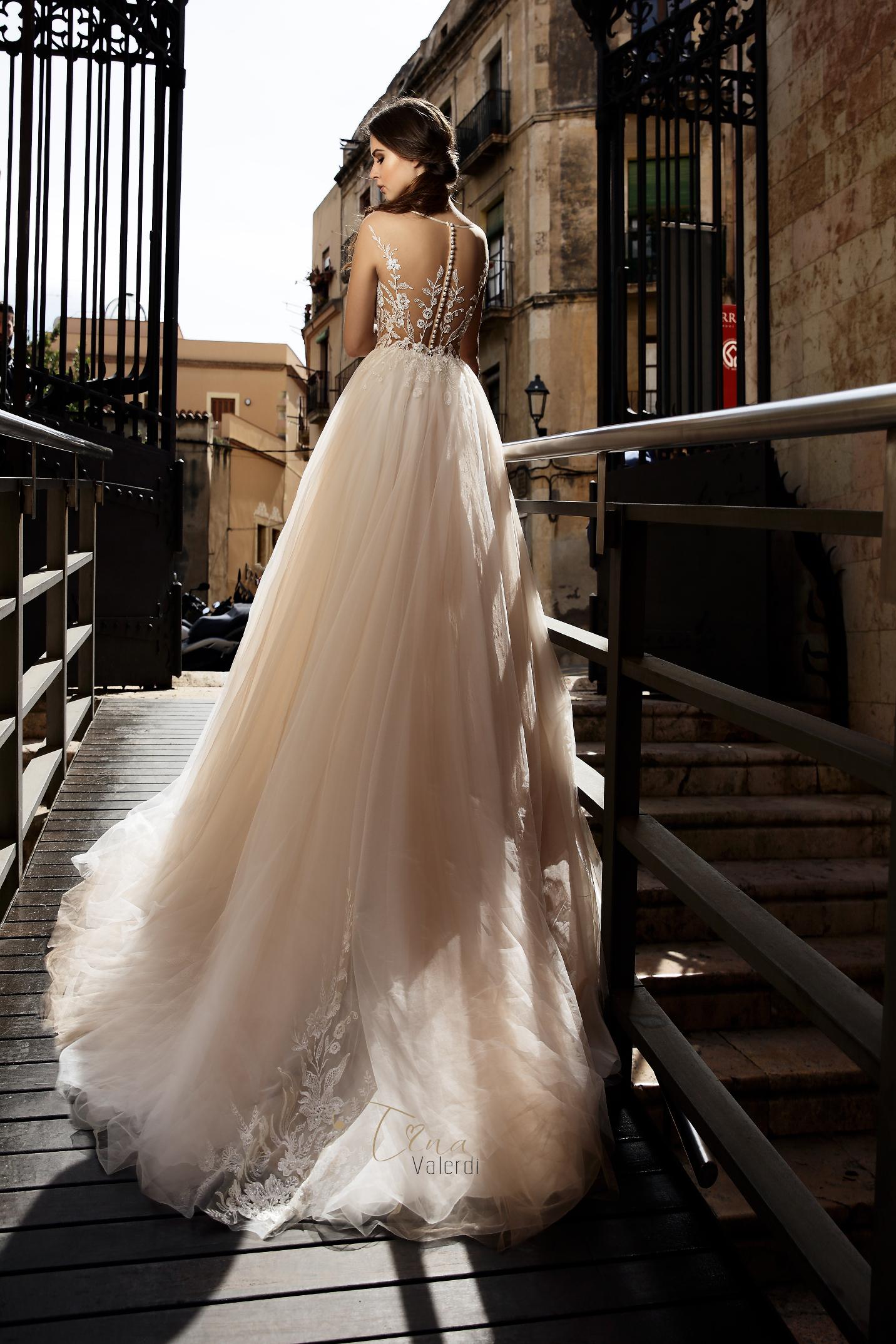 vestuvines sukneles tina valerdi Paloma4