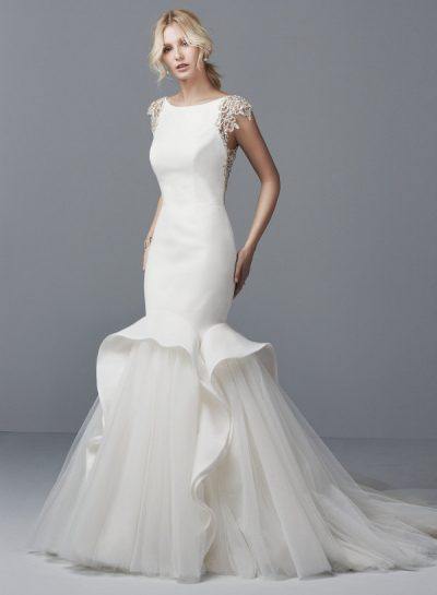 Raquelle wedding dress