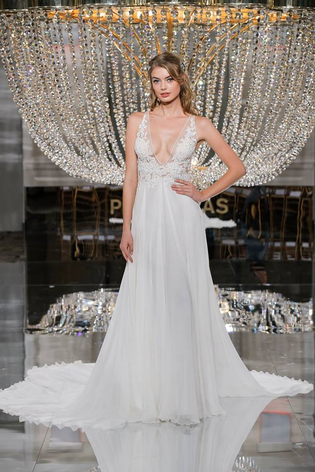 vestuvines sukneles 2018 metu tendencijos 11