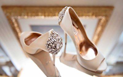 BADGLEY MISCHKA vestuviniai bateliai atkeliauja į saloną SANTA!