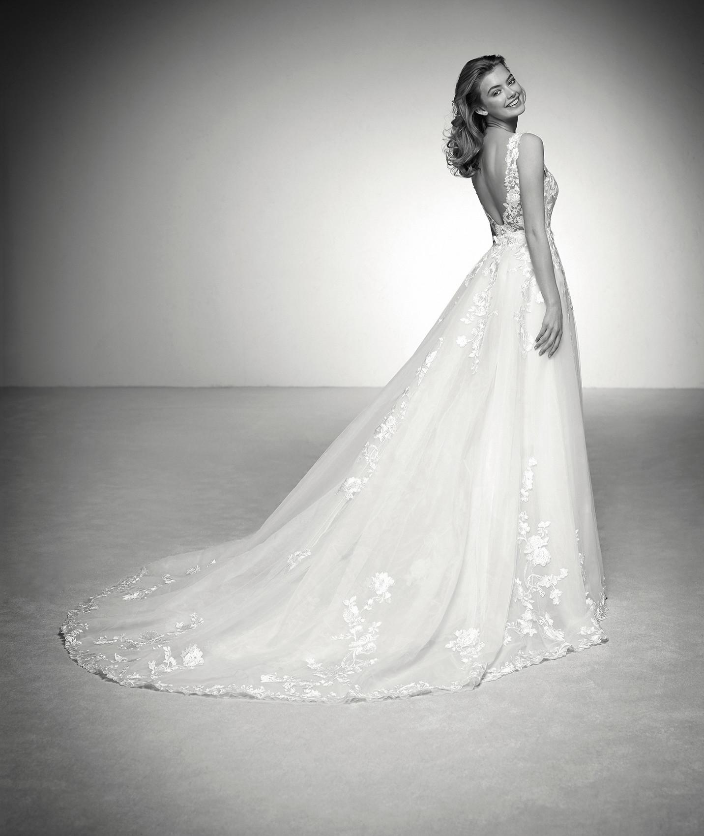 vestuvines sukneles atelier pronovias ina c