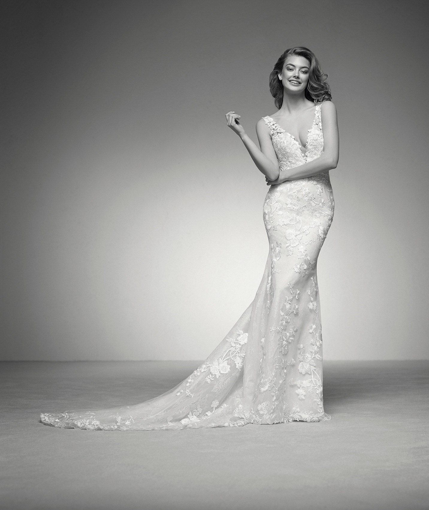 vestuvines sukneles atelier pronovias ina