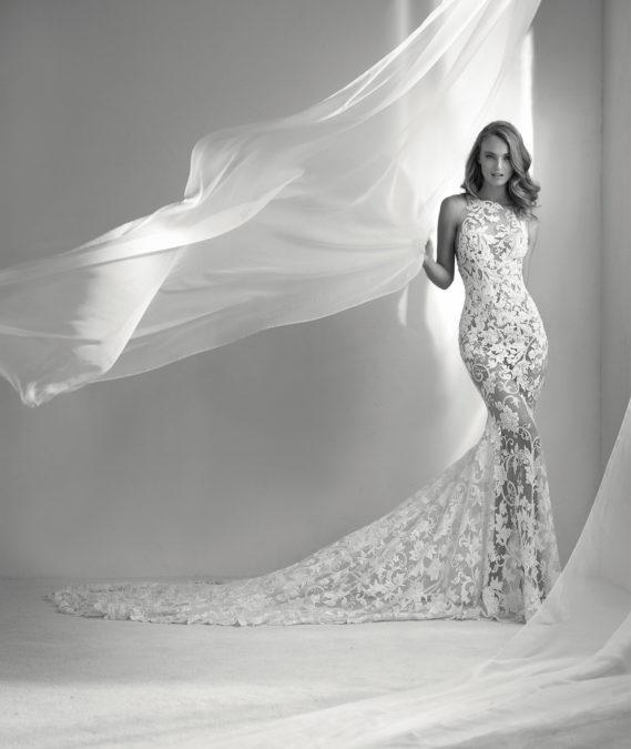 Rubi vestuvinė suknelė