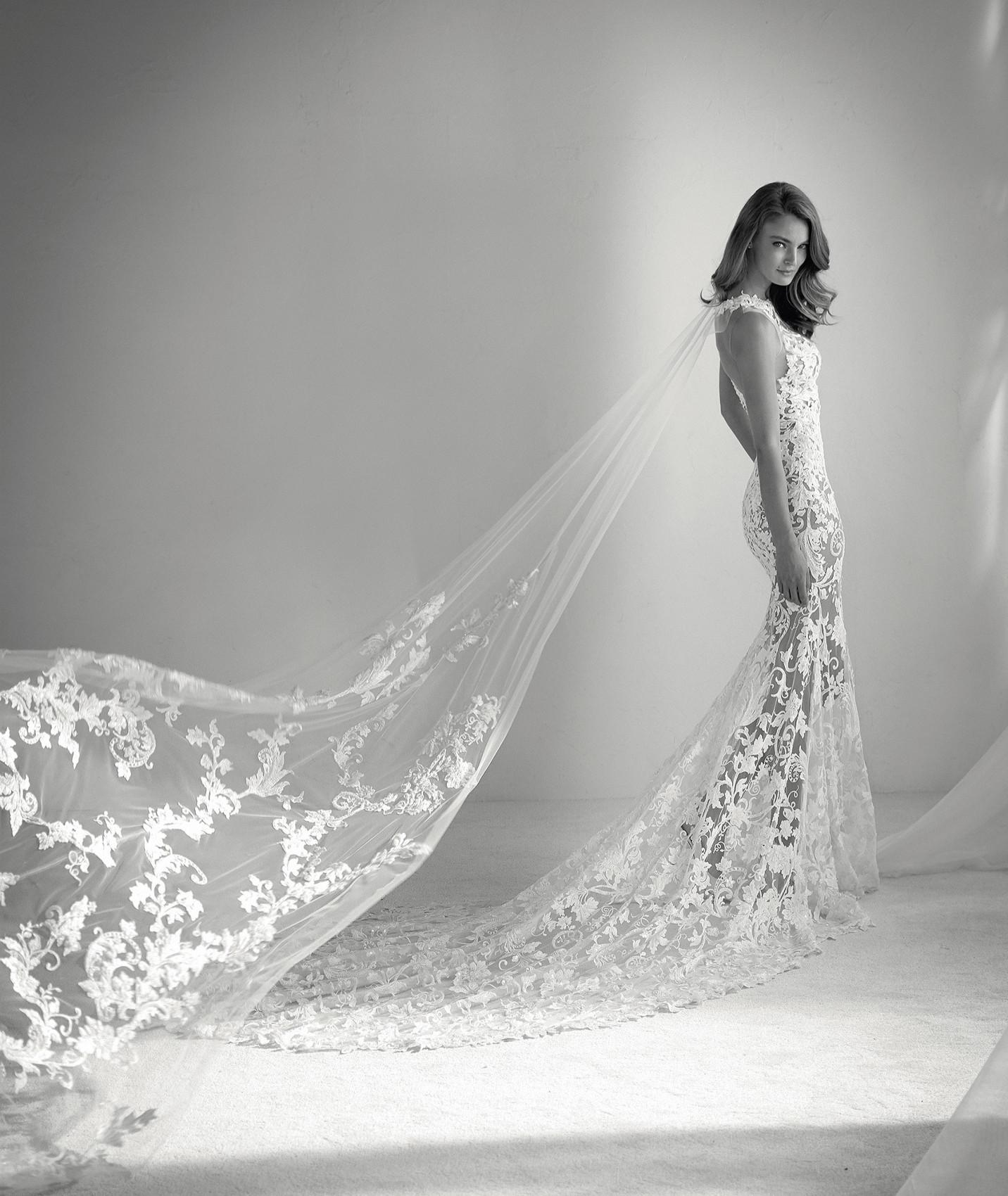 vestuvines sukneles atelier pronovias rubi c