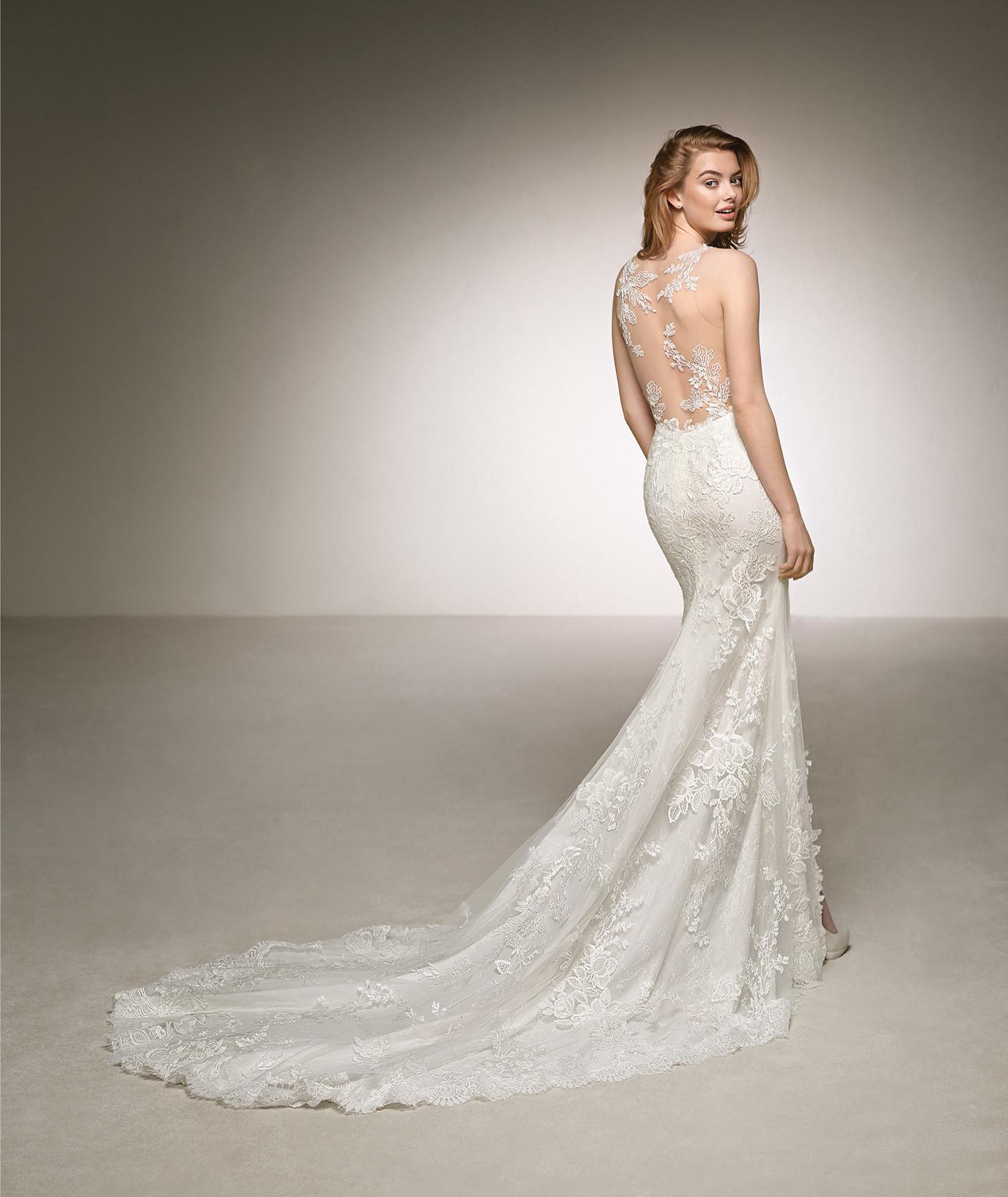 vestuvines-sukneles-pronovias-dauco-b