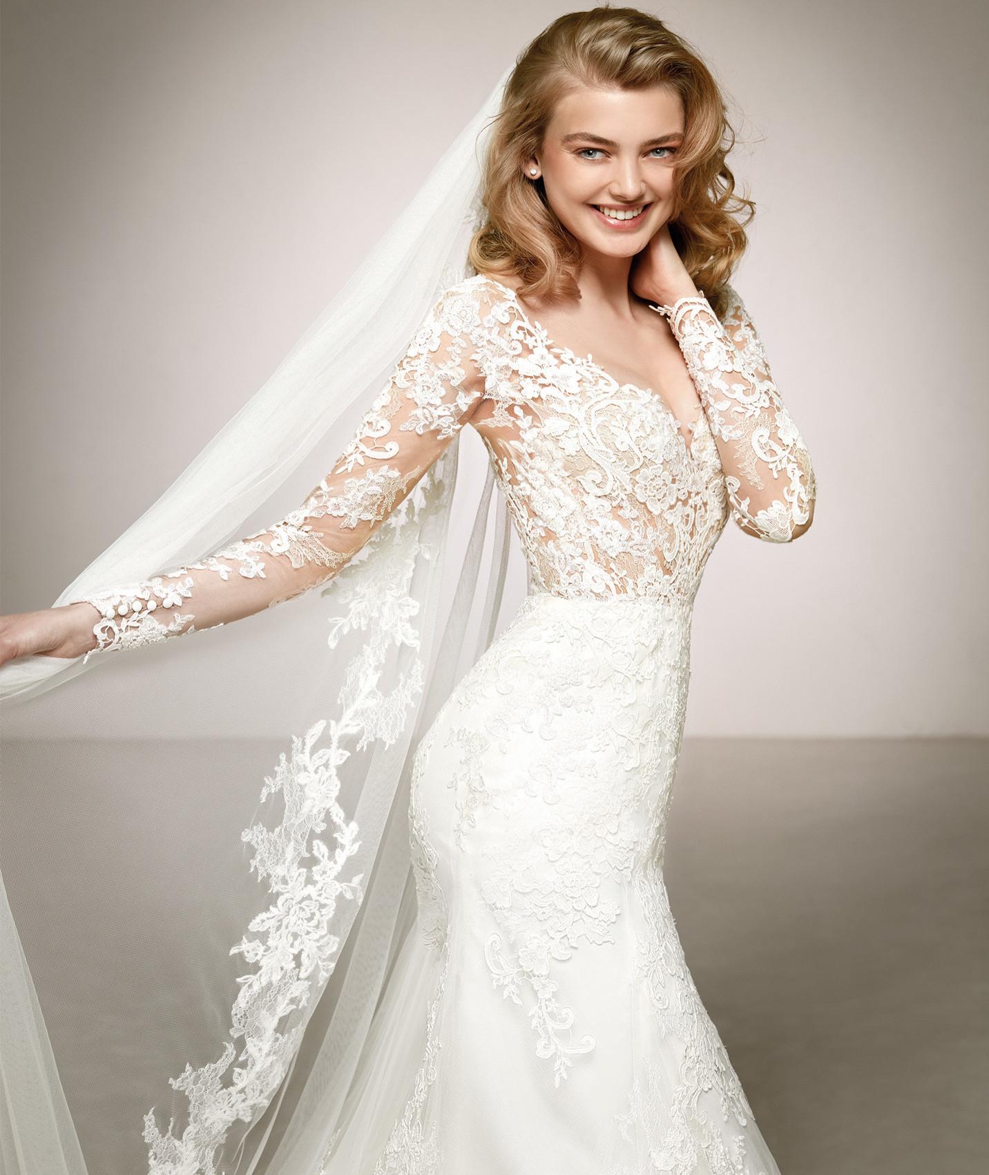 vestuvines-sukneles-pronovias-dilia-c