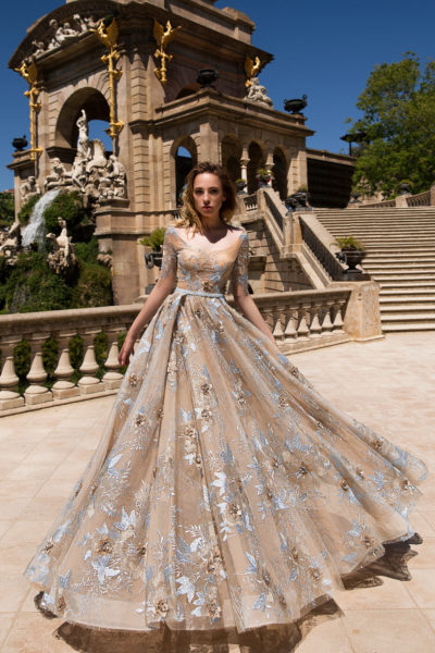Daria Karlozi evening dress Lader