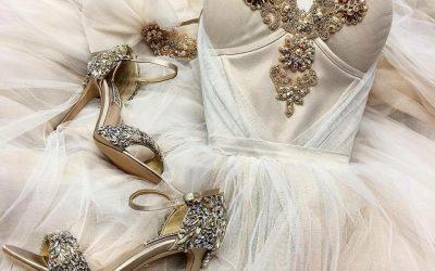 Karščiausios 2019 – tųjų metų pavasario vestuvinių suknelių tendencijos