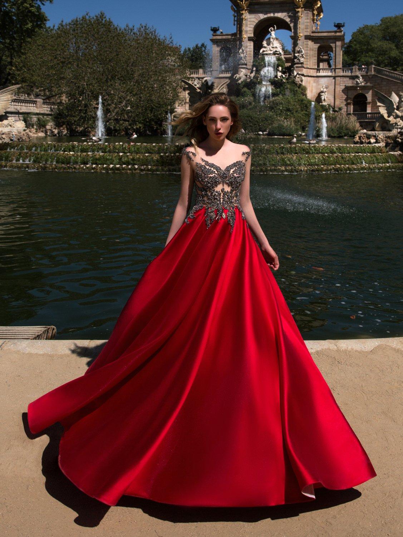 Daria Karlozi vakarinės suknelės