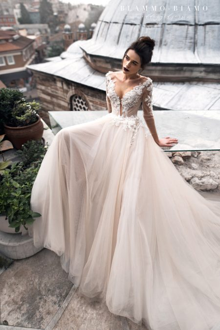 Ainar wedding dress