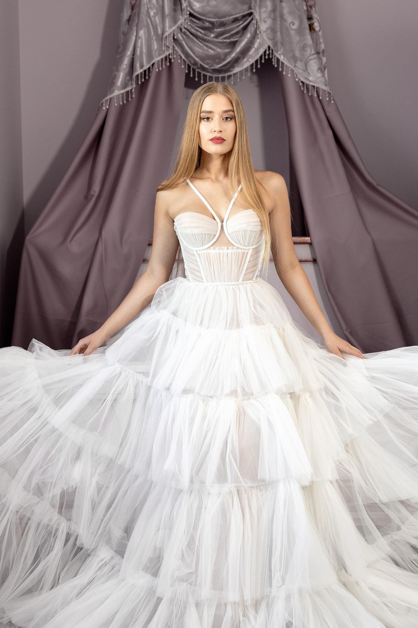 vestuvines-sukneles-blammo-biamo-liam-11