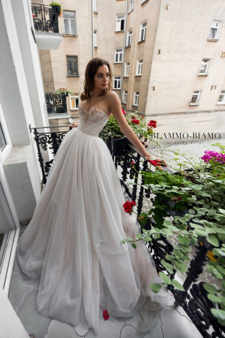 Nora wedding dress
