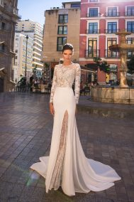 GA 08-18 wedding dress
