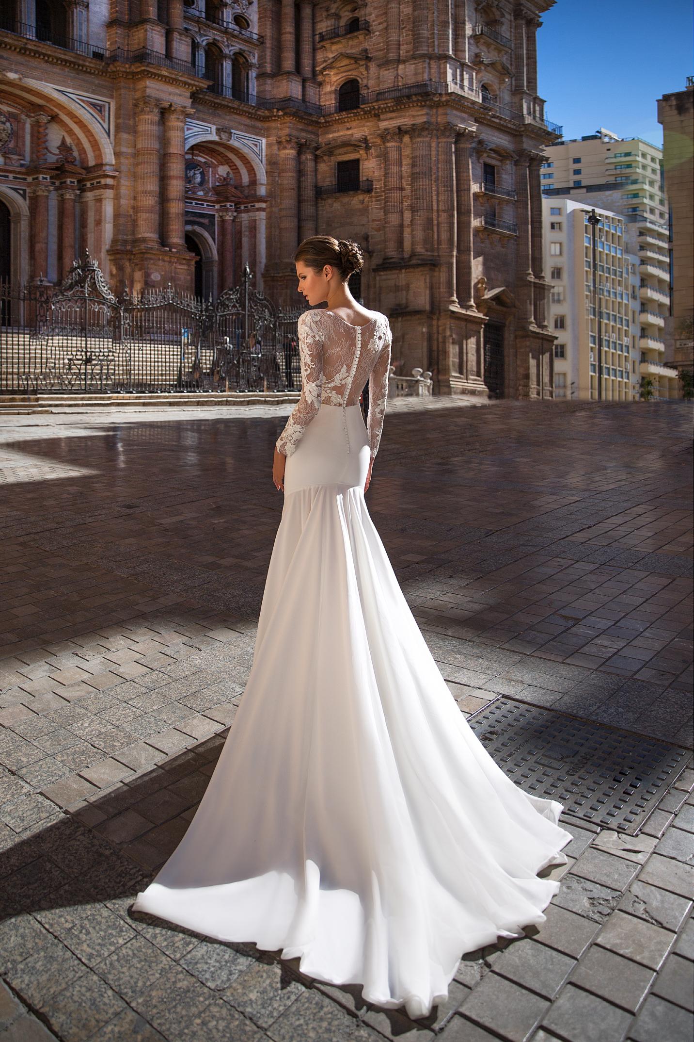 vestuvines-sukneles-giovanna-alessandro-style-08-18-2
