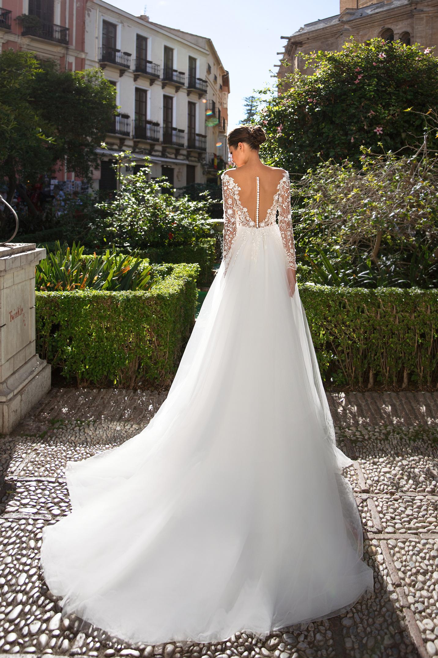 vestuvines-sukneles-giovanna-alessandro-style-20-18-2