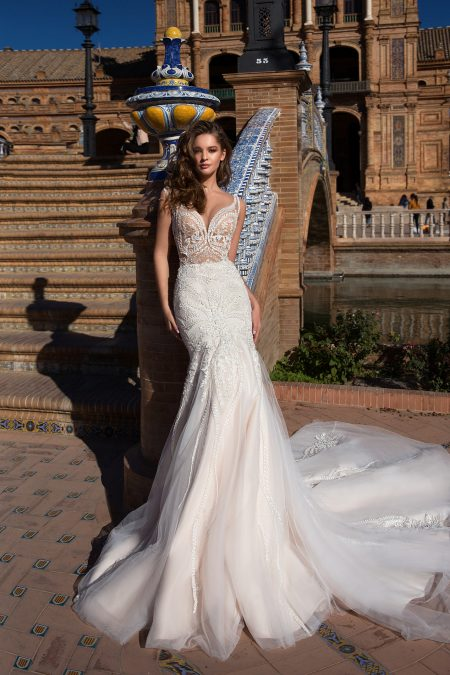 GA 24-18 wedding dress