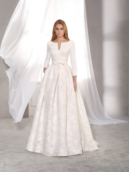 Acacia wedding dress