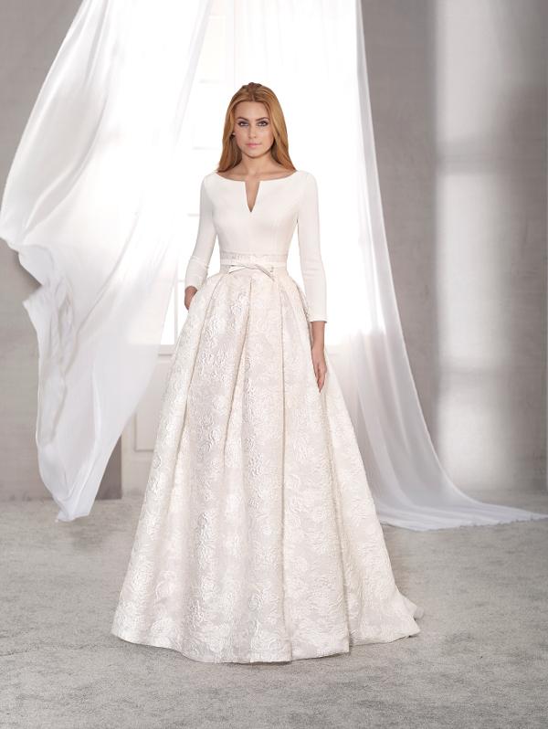 vestuvines-sukneles-novias-dart-acacia