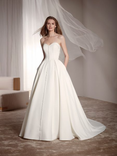 Zelta wedding dress