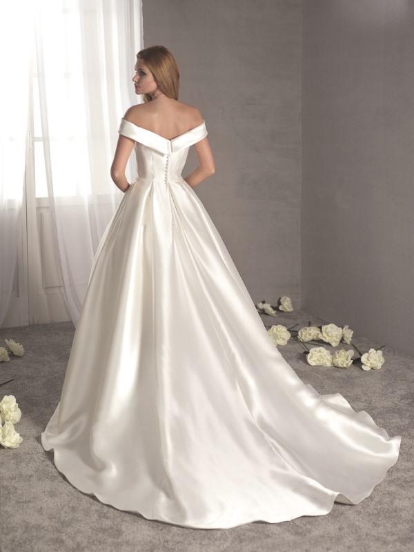 Fara Sposa 5412 wedding dress at Mode Bridal shop Brighton back